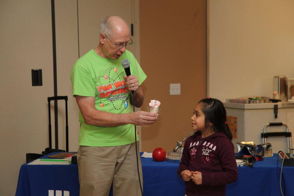 Green Elementary School Science Fair Inspires Student Scientists (3/6)