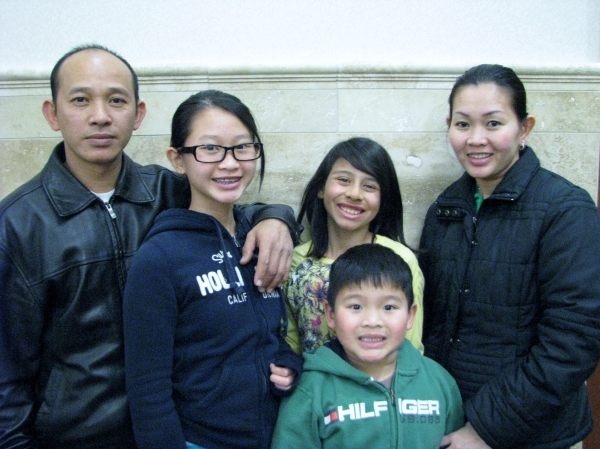 City of Dublin Young Citizen of the Year Nominee Vy Nguyen with family and friend