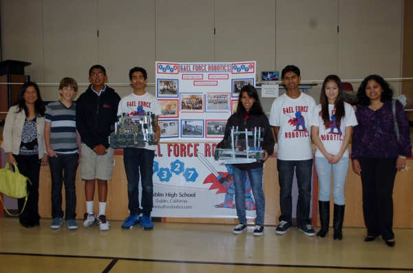 Dublin High School Gaels Robotics Club Volunteers with John Green Elementary School Science Fair Organizers
