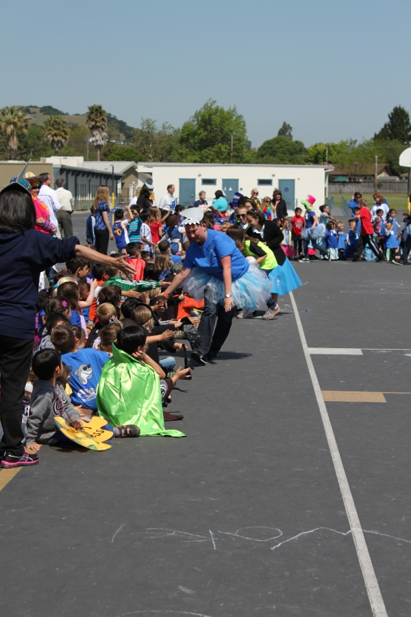 Dublin Elementary School Autism Awareness Month Parade (credit Keira Andresen)