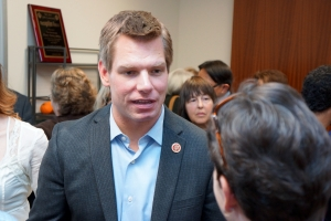 Swalwell Speaking with Constituents