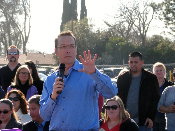 Murray Elementary School Celebrates Opening of Kindergarten Complex - Trustee Dan Cunningham