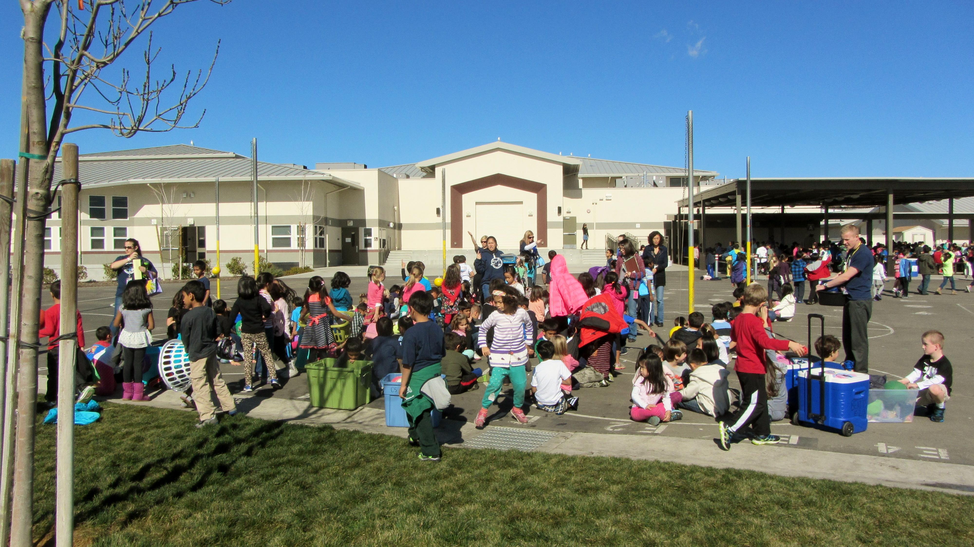 kolb elementary school in the spotlight at dusd board of