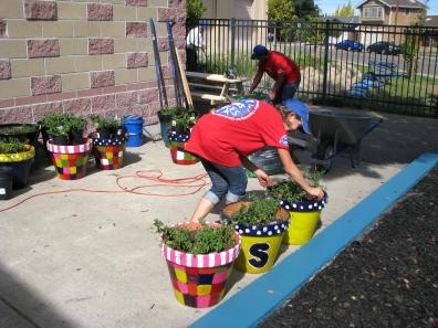 Lowes Heroes Program Improves Wells Middle School 3