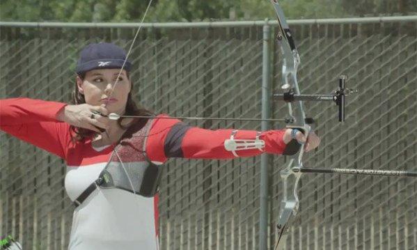 geena-davis-archery