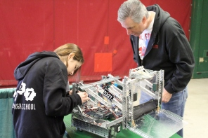 working-on-our-robot-at-the-2013-vex-robotics-competition