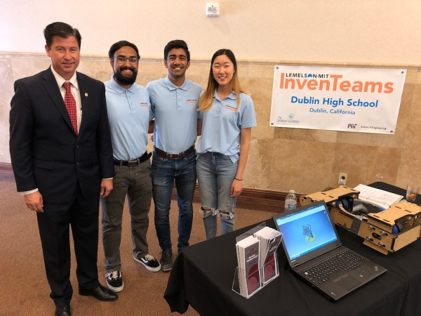 Dublin High School InvenTeam with Mayor David Haubert