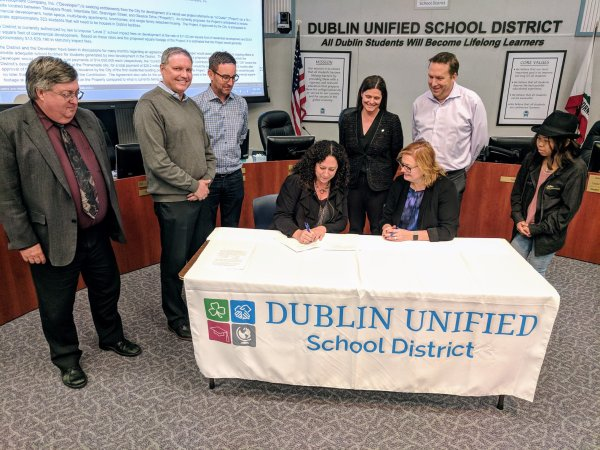 DUSD SCS Agreement Signing